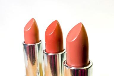 lipstick-1137535_960_720